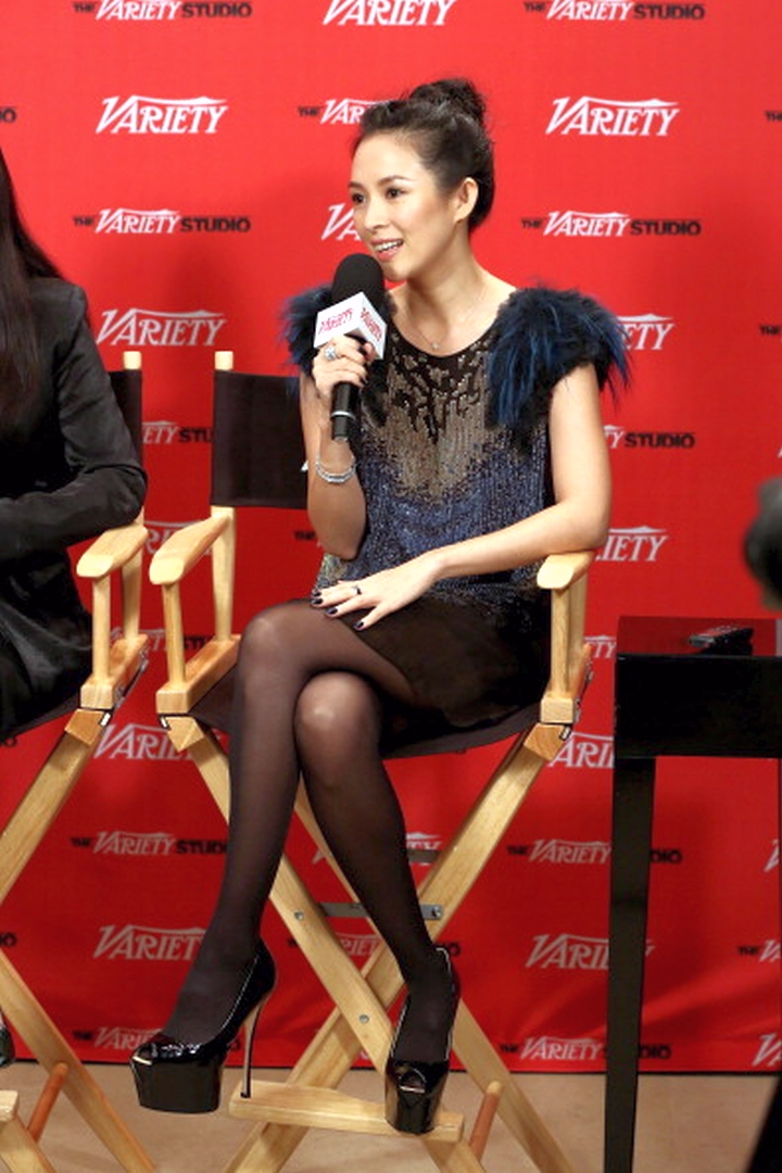 Chinese actress Zhang Ziyi, speaking during a media event last year in Toronto, routinely dresses professionally and beautifully, including wearing sheer pantyhose.