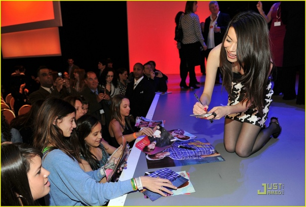 Actress Miranda Cosgrove greets fans as host of a Nickelodeon event March 11, 2010 in New York City.  (Photo by Bryan Bedder-Getty Images)