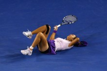 Li Na bangs the back of her head on the tennis court when she twisted her ankle a second time during the 2013 Australian Open championship match.  Li temporarily lost her vision and had to be evaluated for a concussion.