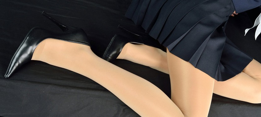 Loving even the little condition mistreats in pantyhose-wearing